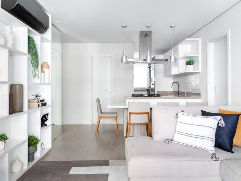 Apartamento em tons claros